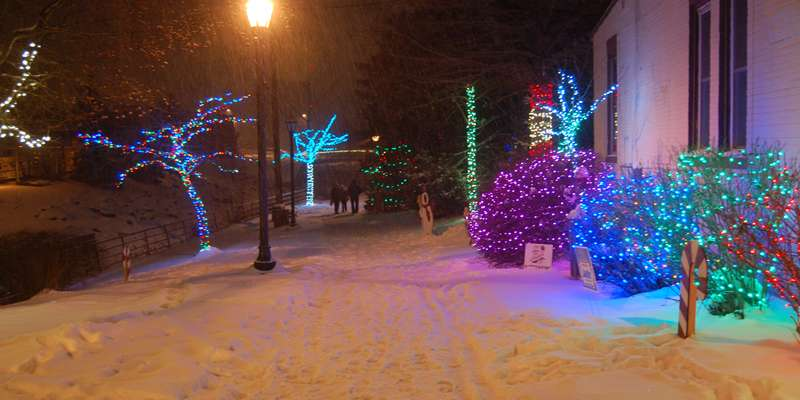 Hartford Holiday Riverwalk