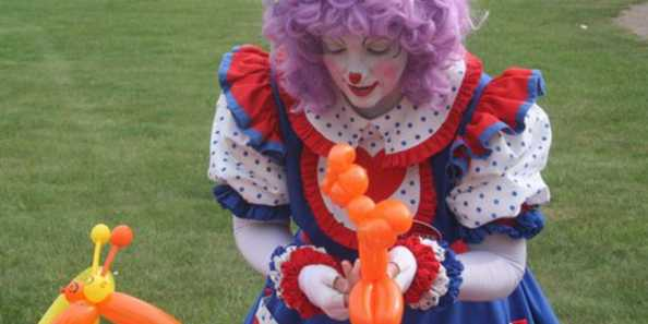 Picnic in the Park - Balloon Lady