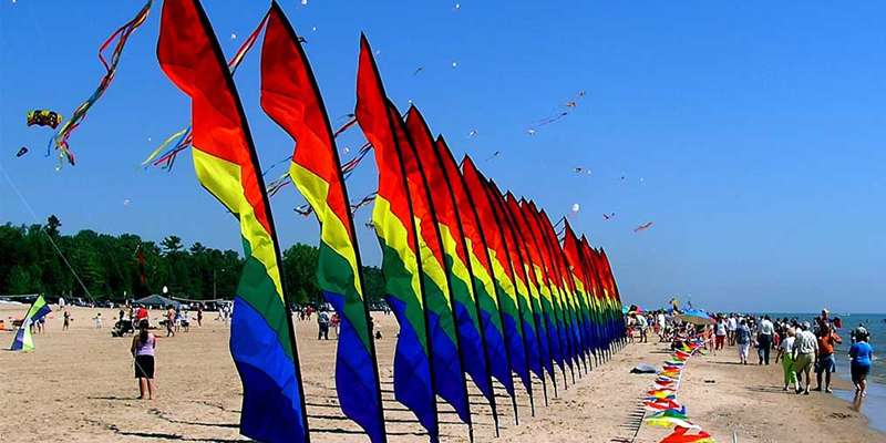 Kites Over Lake Michigan held Labor Day Weekend