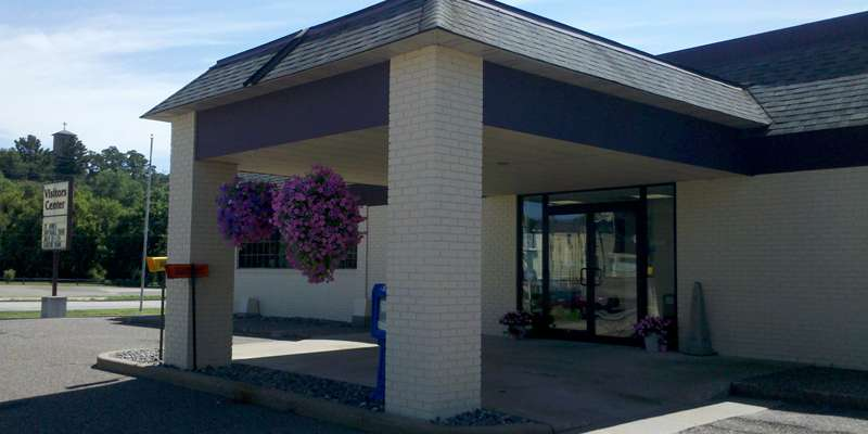Chippewa Area Visitors Center Entrance