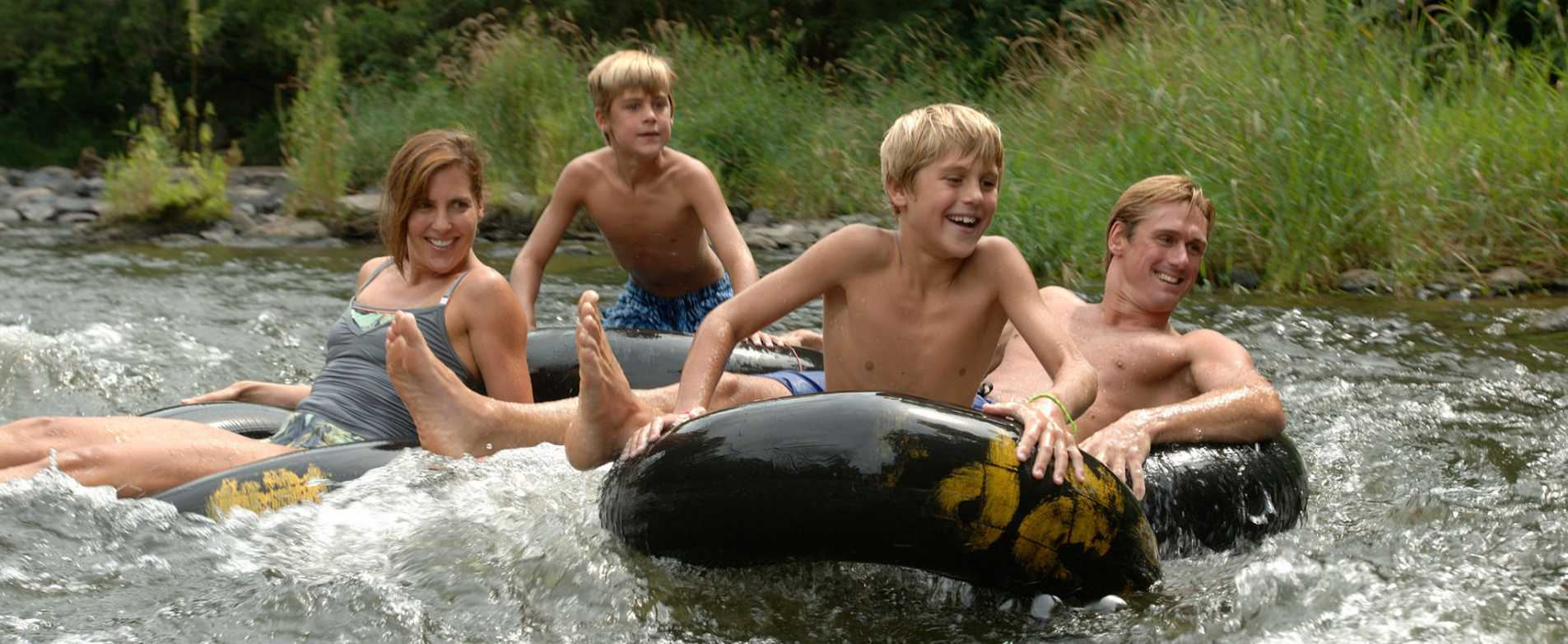 Family Tubing on the Apple River