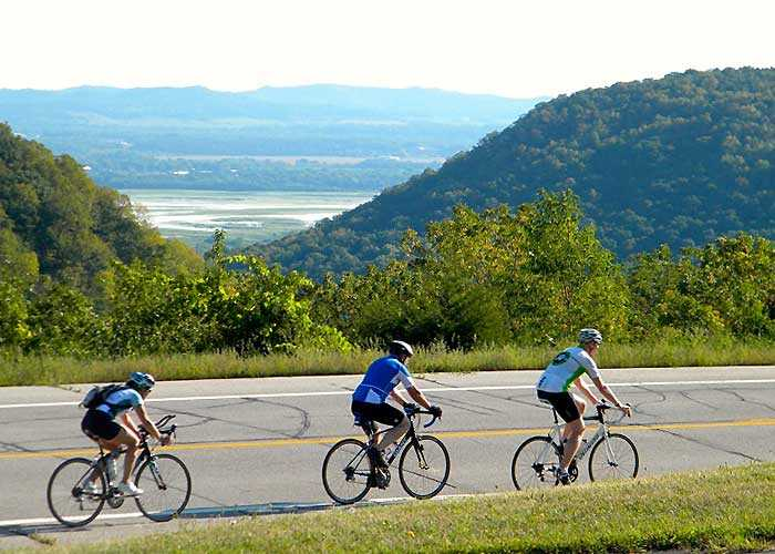 Biking near the Mississippi River Valley