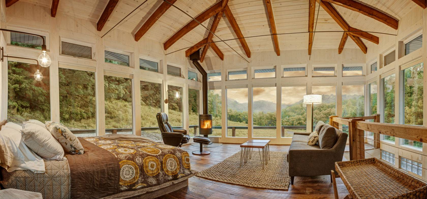Candlewood Cabins - Meadow House Interior