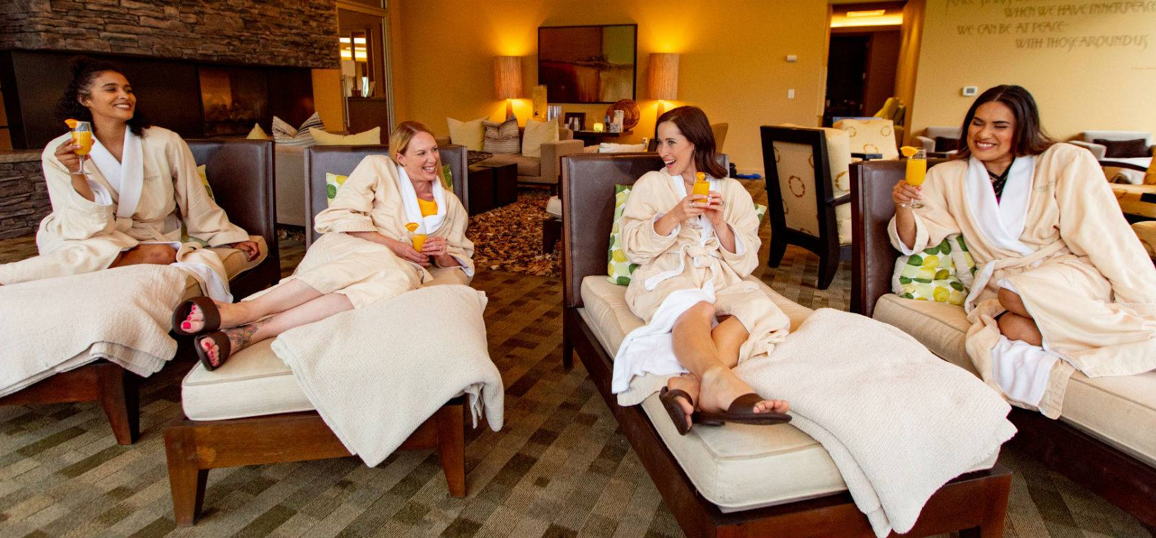 019 Girlfriends lounging at Heidel House Spa in Green Lake (1)