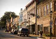 Downtown Shopping - Mineral Point