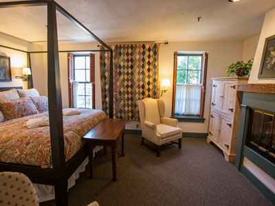 Suites at The Washington House Inn