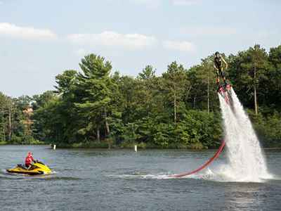 FlyBoarding at the Tommy Bartlett Show