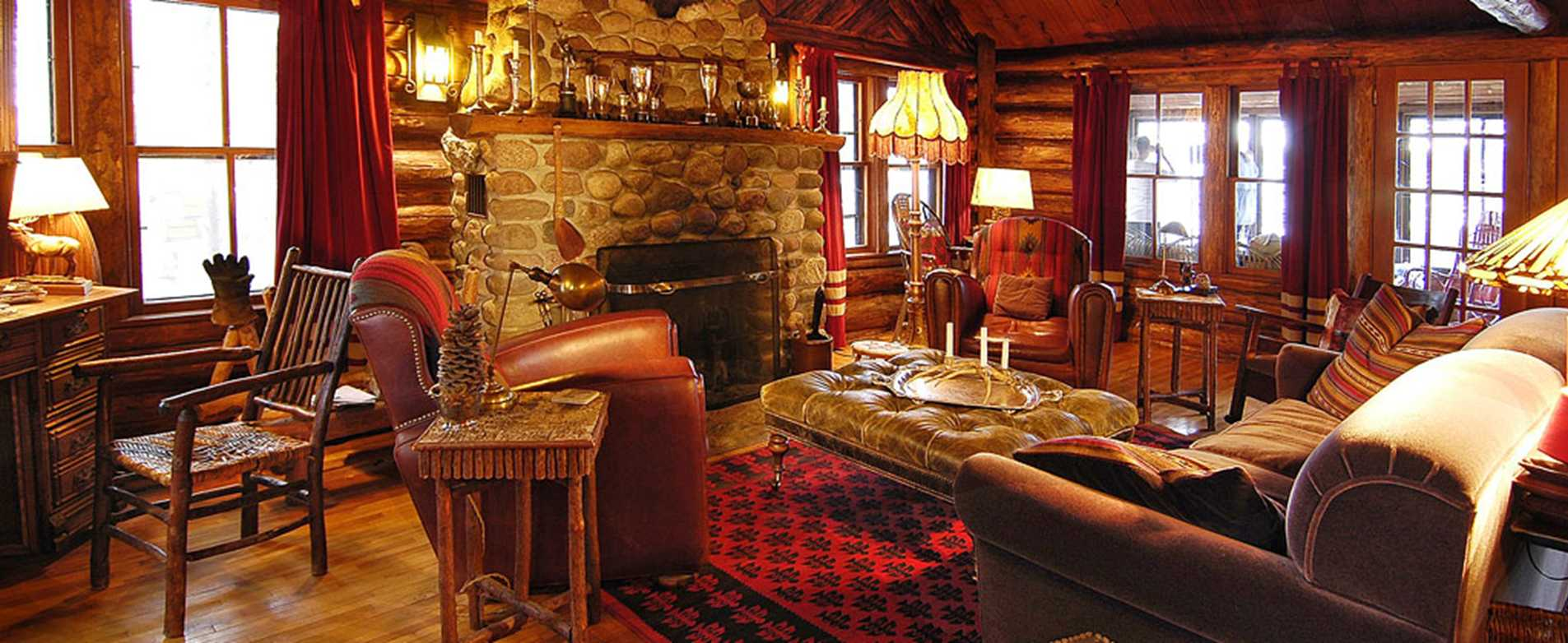 Spider Lake Lodge