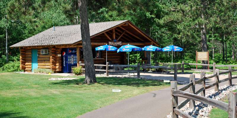 St. Germain Golf Club-Mulligan's Snack Shack