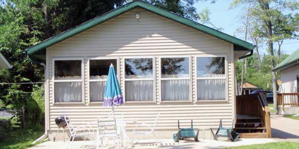 "Shawano Sandy Shores ""Irish Cottage"""