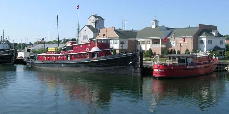 Door County Maritime Museum, Sturgeon Bay one of a number of things to see & do along the trail.