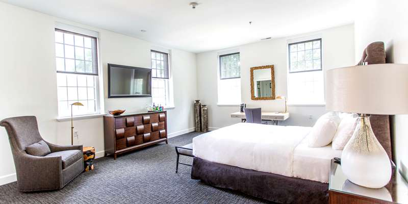 The Classic Suite in The Delafield Hotel