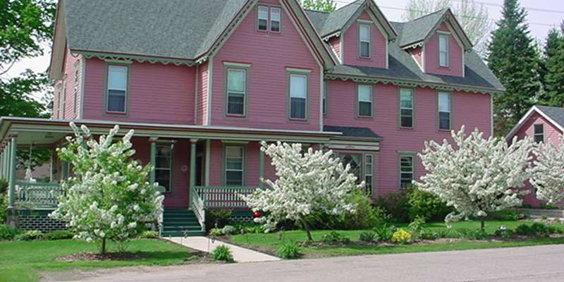 Amherst Inn Bed & Breakfast