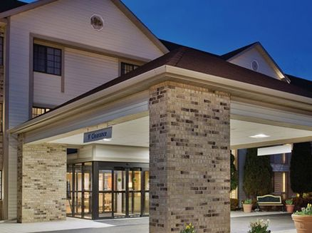 Image for La Quinta Inn & Suites Milwaukee Delafield