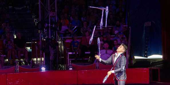 World-class juggler Noel Aguilar showcases charisma along with sensational skills.