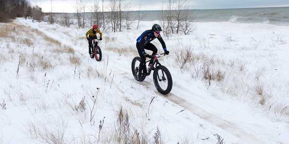 Shelltrack Fat Bike Race in Manitowoc, Wis at Silver Creek Park Dec 2017 as part of the Snow Crown Wisconsin Fat-Bike Race Series.