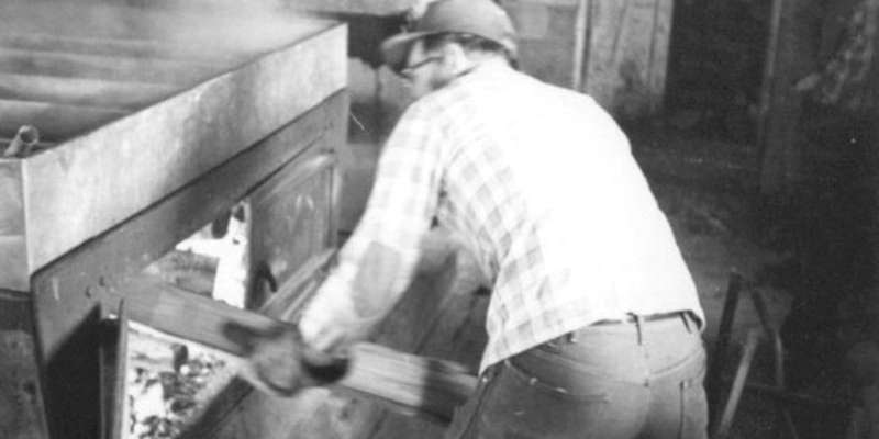 Norman Anderson, second generation sugar maker, was inducted into the Intl Maple Syrup Hall of Fame in 2009.