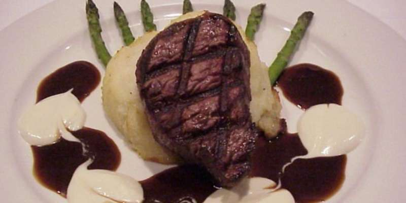 Grilled beef tenderloin filet with Worcestershire sauce.