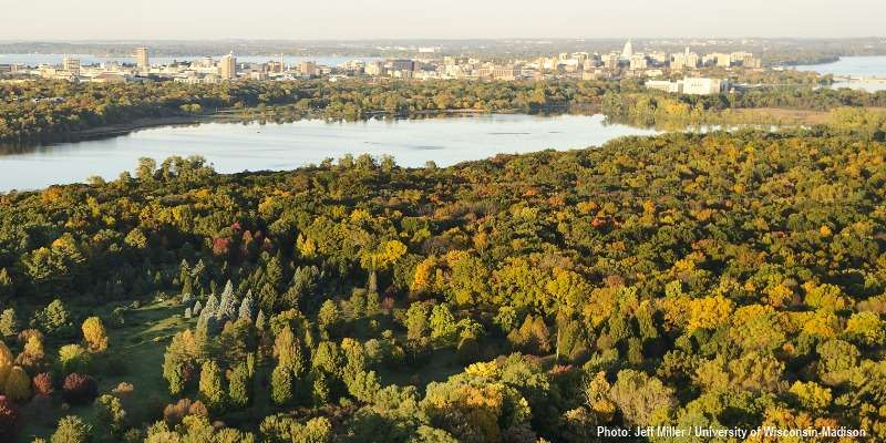 University of Wisconsin Arboretum. Photo: Jeff Miller / University of Wisconsin-Madison