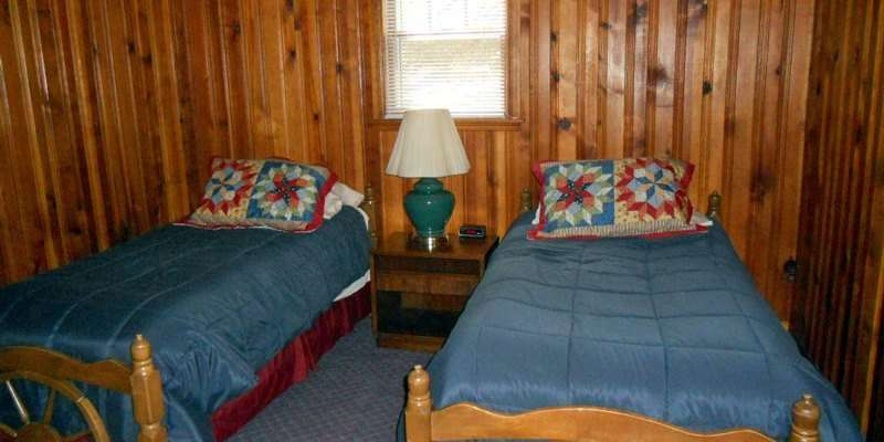 Bear's Den at Leisure Lodge Resort