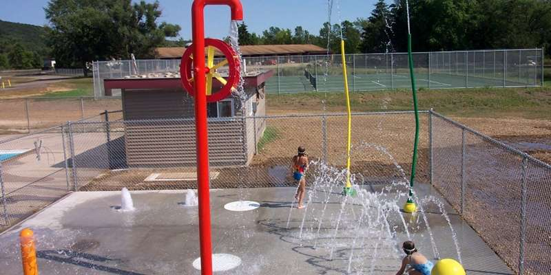 Elroy Pool Splashpad