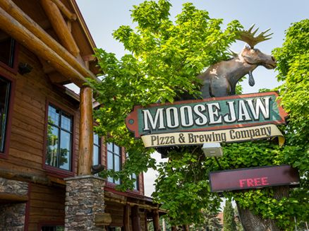 Image for Moosejaw Pizza & Dells Brewing Co.