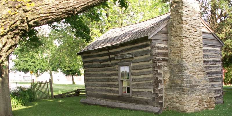 1837 Goodrich Cabin.  Photo by Gail Nordlof