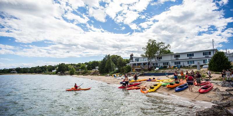 Rent a kayak and paddle our shoreline and discover three lighthouses without leaving the harbor.