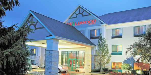 Wildwood Lodge Pewaukee