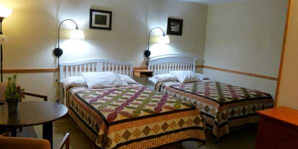 Country Villa Motel & Camping | Travel Wisconsin