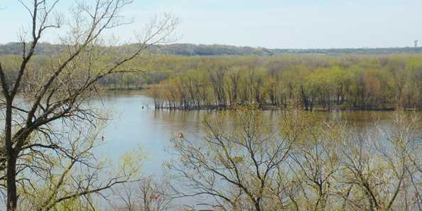 The springtime view of the Mississippi River and Prescott Island from Freedom Park