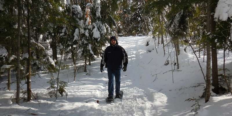 Snowshoeing Moccasin Lake Trails