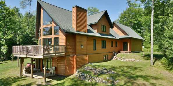 Crystal Cove Clam Lake Vacation Rental