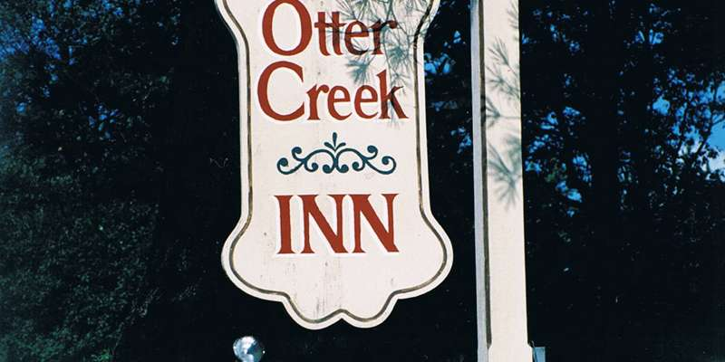 Otter Creek Inn Sign